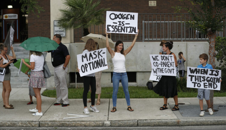 Florida-protesters-scaled-1-2048×1366-1.jpeg